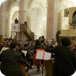 Riccardo Muti e i musicisti del Conservatorio di Napoli