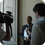 Giuseppe Cataldi intervistato dagli operatori di Tele Vomero