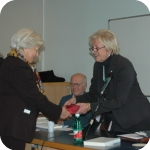 Laura Agrimi e Lida Viganoni, la consegna dei due volumi in memoria di Mario Agrimi