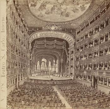 L'antico Teatro San Carlo